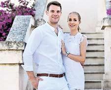 Freundin Nina gab Bayerns neuem Kapitän Manuel Neuer Ende Mai das Eheversprechen.