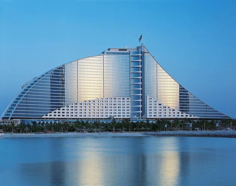 Delegierte unterstützen die Dubai Eyesight Charity Image 4