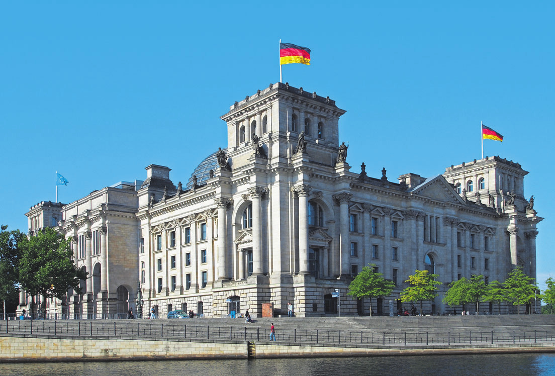 Der Reichstag in Berlin. Die SPD-Basis stimmte dem Koalittionsvertrag zu. Damit kann die neue Bundesregierung ihre Arbeit aufnehmen. Symbolfoto: Gordon Gross/pixelio