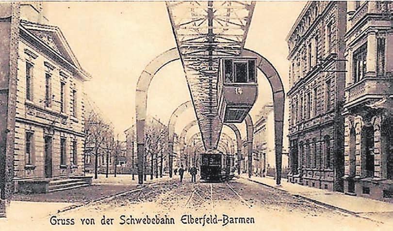 Damals unterbrach noch keine Autobahn die Sonnborner Straße – die Schwebebahnen fuhren bis Vohwinkel über den Autos. Foto: Sammlung Reinald Schneider