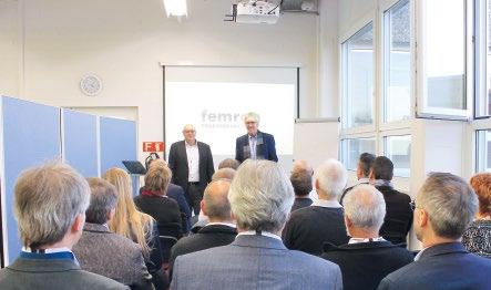 Abb. 1: Femron Geschäftsführer Norbert Schorpp und Hans Zingre vom Schwesterunternehmen MBV begrüssen die Gäste.