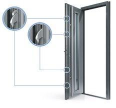 Die massiven Schwenkriegel der Sicherheits-Tür-Verriegelung Autolock AV3M4 von Winkhaus verkrallen sich schon beim Zuziehen der Tür in die Rahmenseite und bremsen Einbrecher aus