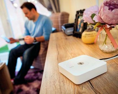 Alle Komponenten des Smart-Living-Systems von Yale sind per Funk miteinander verbunden und können über die Smart Living App kontrolliert werden Foto: Assa Abloy Sicherheitstechnik GmbH