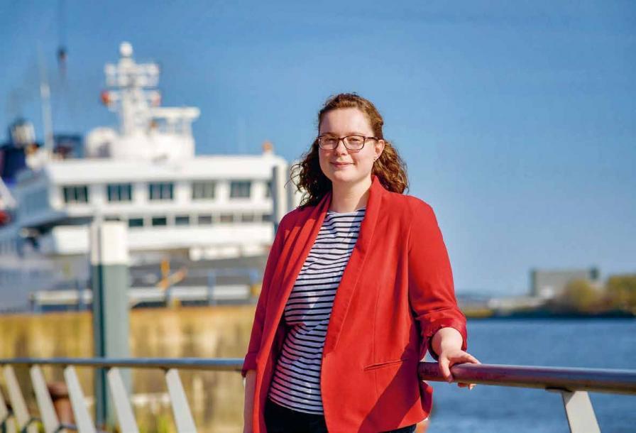 Sie kommt aus Leer und ist voll eingestiegen in das Kreuzfahrt-Business: Birte Pyczak arbeitet als Projektmanagerin