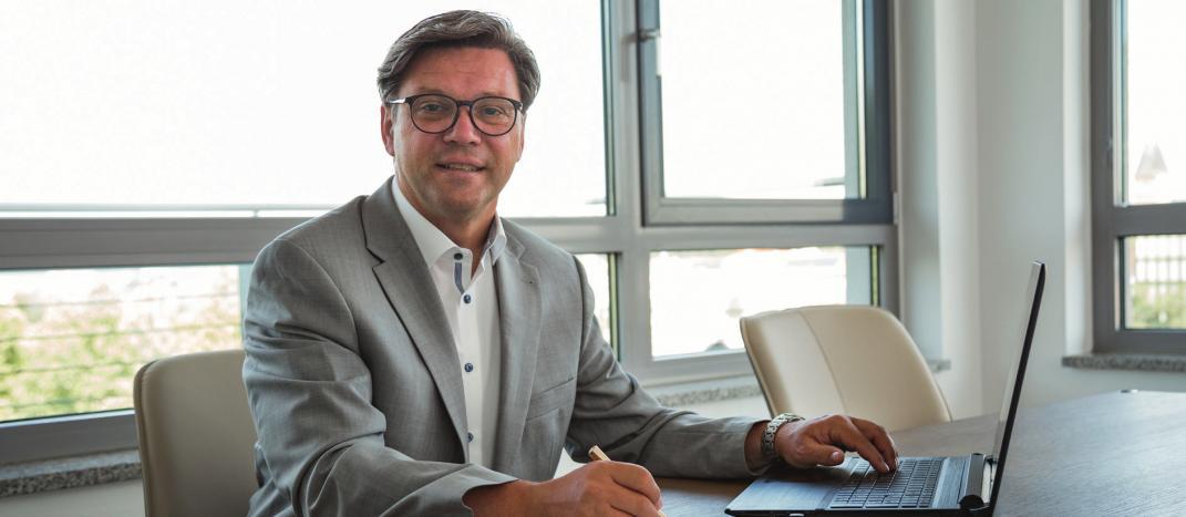 Dipl.-Kfm. Hans-Jürgen Nickl, Wirtschaftsprüfer, Steuerberater, Fachberater Internationales Steuerrecht