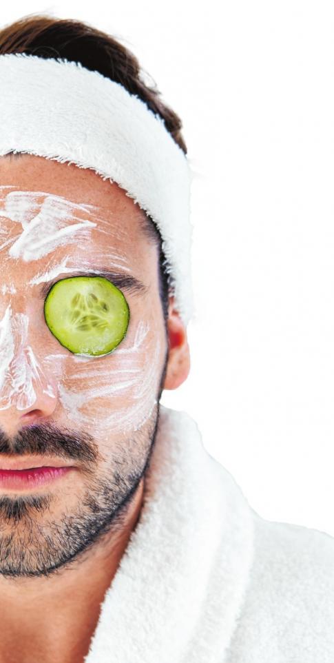 Die meisten Kosmetikbehandlungen sind auch für Männer geeignet ISTOCK/NENSURIA