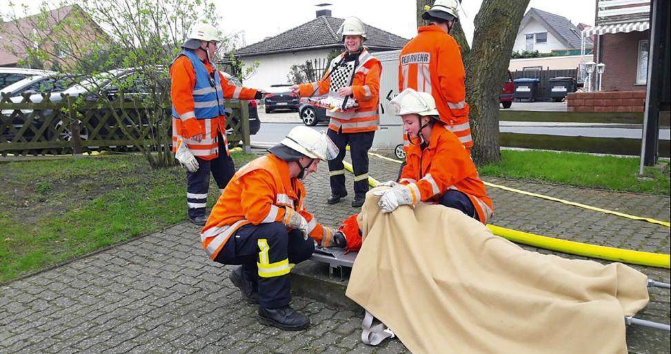 Nicht nur Brandbekämpfung, auch Rettungsdienst wird regelmäßig trainiert. Foto: Samtgemeinde Boldecker Land