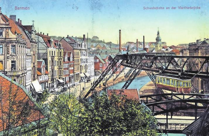 Schon früh war die Schwebebahn ein beliebtes Motiv auf Postkarten. WZ-Leser Heinz-Rolf Holtemeier hatte uns dieses Motiv aus den ersten Jahren der Schwebebahn zur Verfügung gestellt, das er im Nachlass seines Großonkels Hugo Dittert gefunden hatte.Foto: Nachlass Hugo Dittert
