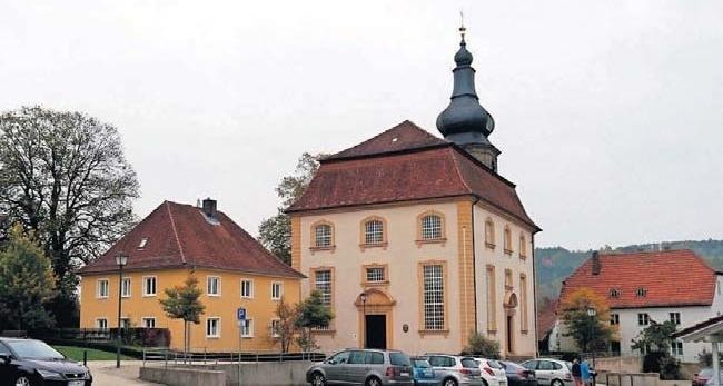 Am Kirchweihsonntag werden um 10 Uhr in der evangelischen Ortskirche (Bild) und um 10.30 Uhr in der katholischen Herz-Jesu-Kirche ein Festgottesdienst gefeiert.