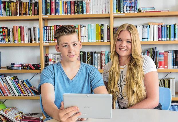 Ben und Chelsea bereiten sich im Docemus Campus auf ihre berufliche Zukunft vor. Foto: Boris Heiland
