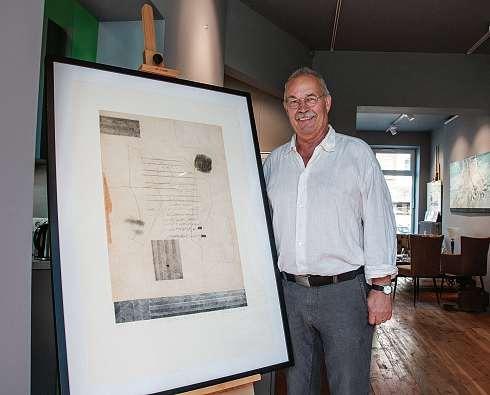 Otto Beckmann stellt seine Kunstwerke noch bis zum 15. September im galerie[café] aus. FOTO: CHK