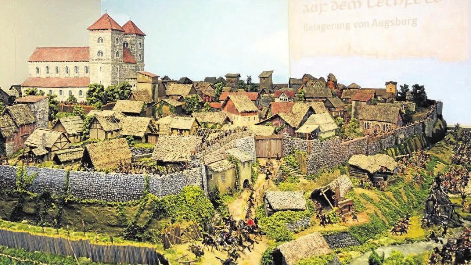 """Im Königsbrunner Museum sind alle drei Dioramen zur """"Schlacht auf dem Lechfeld"""" ausgestellt und mit beeindruckender audiovisueller Technik ausgestattet. Foto: Sonja Schönthier"""
