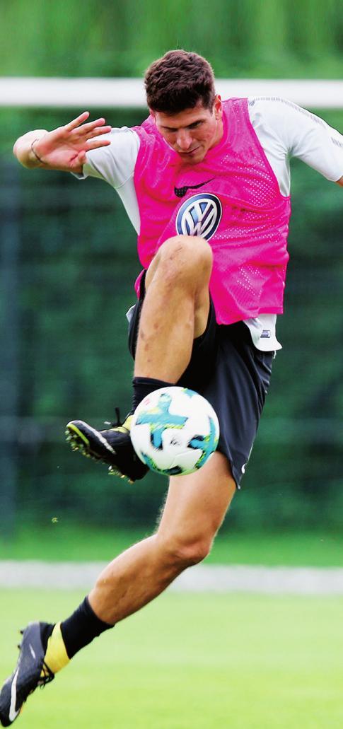 Wurde schnell zur Identifi kationsfi gur: VfL-Stürmer Mario Gomez.