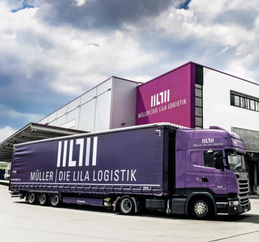 """These vehicles stand out: At Müller – Die lila Logistik AG, all tractor units and trailer designs have the company's colour purple (in German: """"lila"""")."""