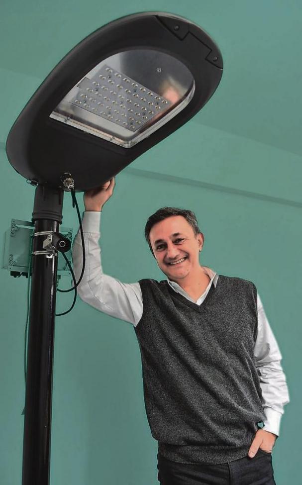 Ramin Lavae Mokhtari hat vor der Gründung von ICE Gateway für verschiedene US-Firmen gearbeitet, dann als Venture-Capital-investor für die deutsche Telekom in Kalifornien