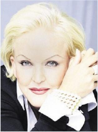 Schlager- und Musicalstar Angelika Milster PROMO