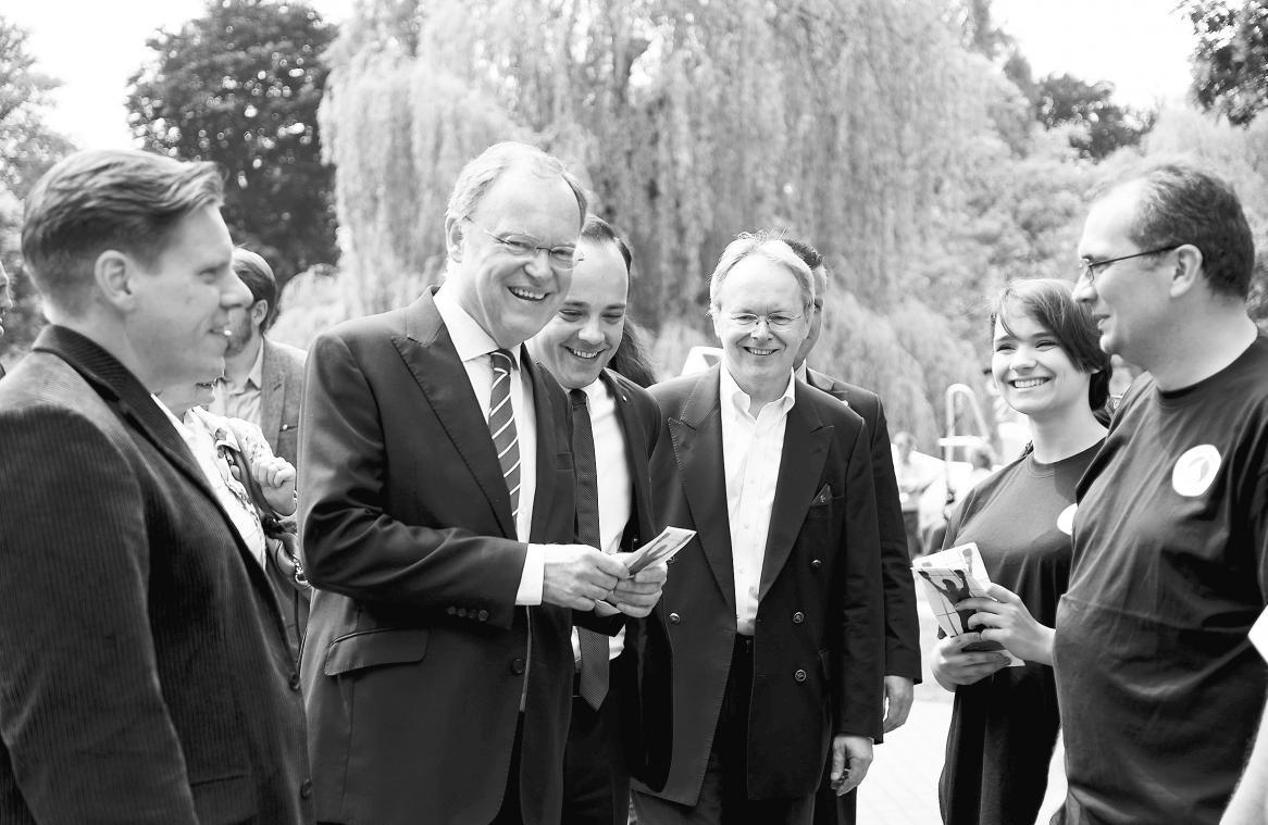 """Im vergangenen Jahr besuchte Niedersachsens Ministerpräsident Stephan Weil den """"Tag der Vereine"""" in Celle. Archivfoto: Lisa Müller"""