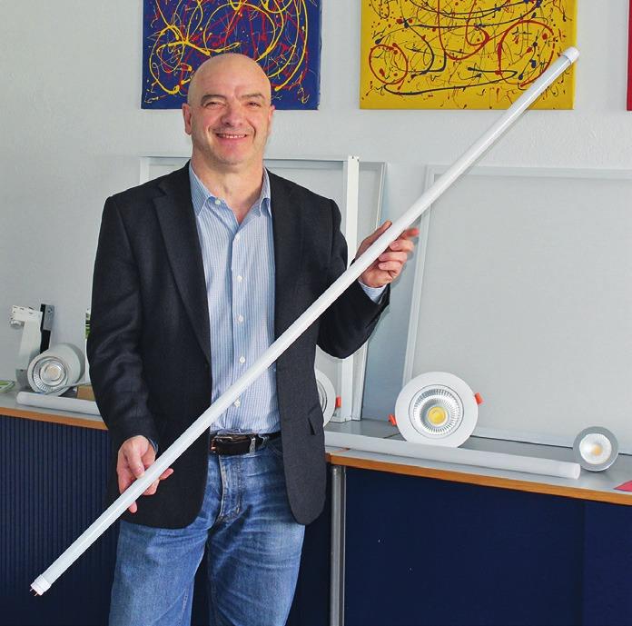 Mit Kompetenz berät Paolo Demartis zum Einsatz von LED-Beleuchtungssystemen.