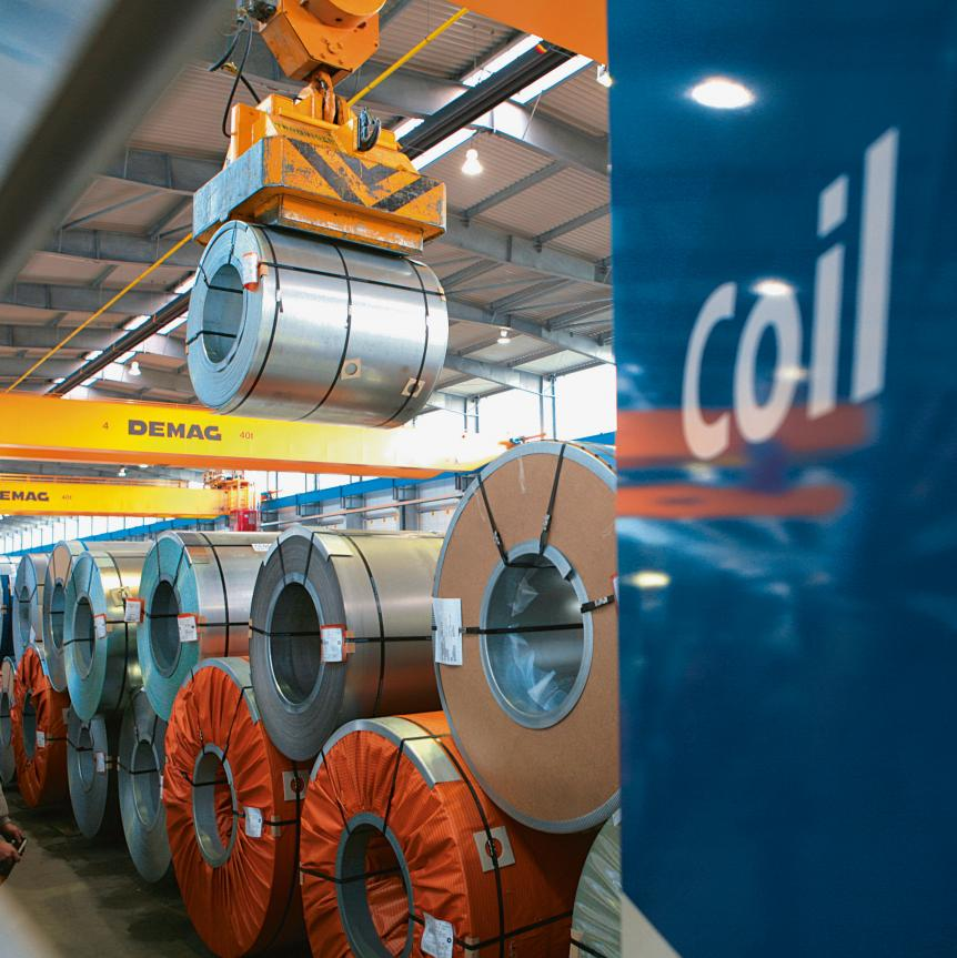 In its steel centres Imperial stores coils at perfect climatic conditions.