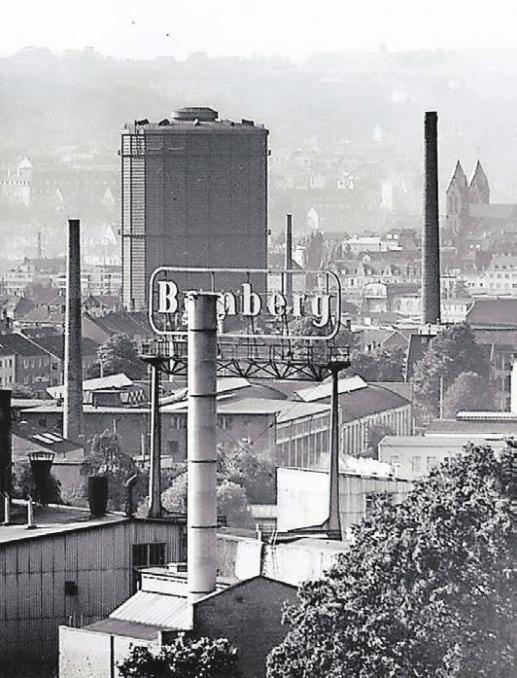 """Bemberg – hier 1969 – stellte damals Perlon für die beliebten Damenstrümpfe her, aber auch """"Zellglas"""".Archiv-Foto: Kurt Keil"""