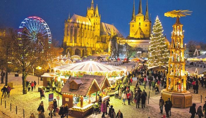 Der Duft von Mandeln, Glühwein und Lebkuchen zieht durch Erfurt.