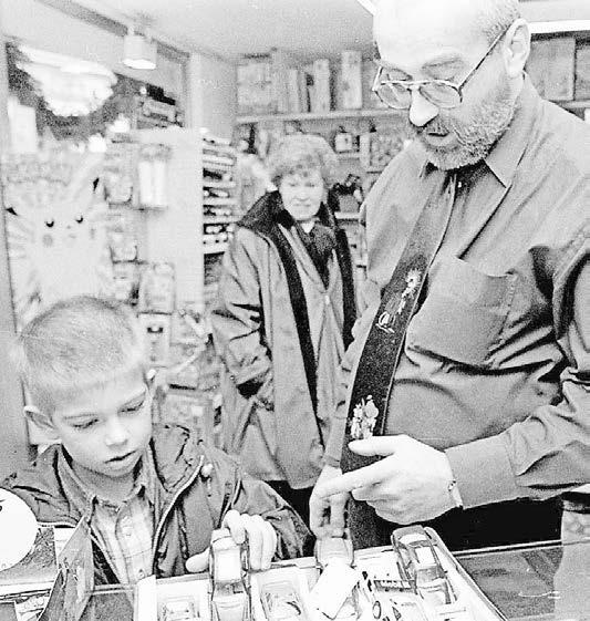 Reinhard Stein war von 1998 bis 2014 Vorsitzender des Werberings. In seinem Geschäft Spielwaren Stein stöberten besonders die kleinen Kempener früher gern – bis ein Brand das Gebäude 2011 zerstörte.