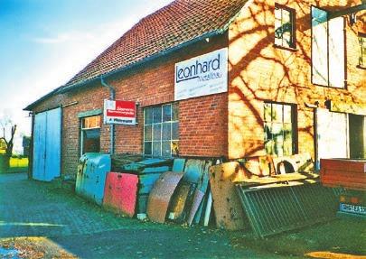 In der Alten Schmiede Waltringhausen wagte Jens Leonhard 1993 den Schritt in die Selbstständigkeit.