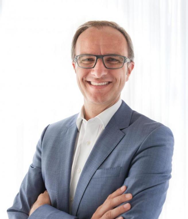 Natanael Sijanta, Leiter Marketing Kommunikation Mercedes-Benz Pkw bei der Daimler AG.FOTO: DAIMLER AG