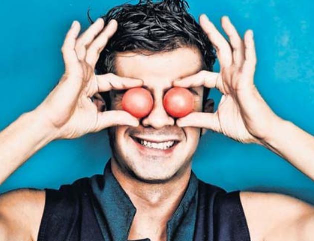 Diogo Alvares aus Brasilien begeistert das Publikum mit seiner Illusionsshow. Foto: Agentur