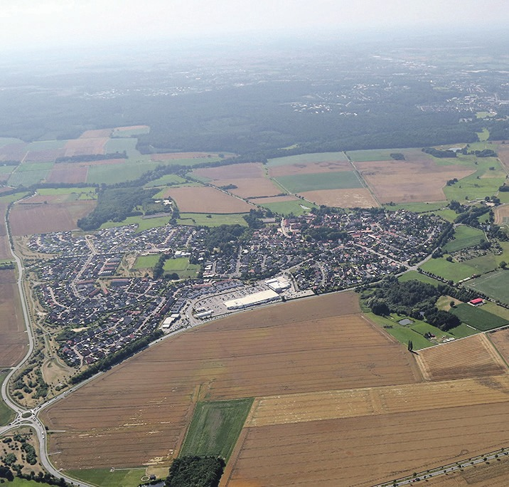 """Die Befragung von Kaufinteressenten für Grundstücke im """"Sonnenkamp"""" steht kurz bevor. Luftbild: Matthias Leitzke"""