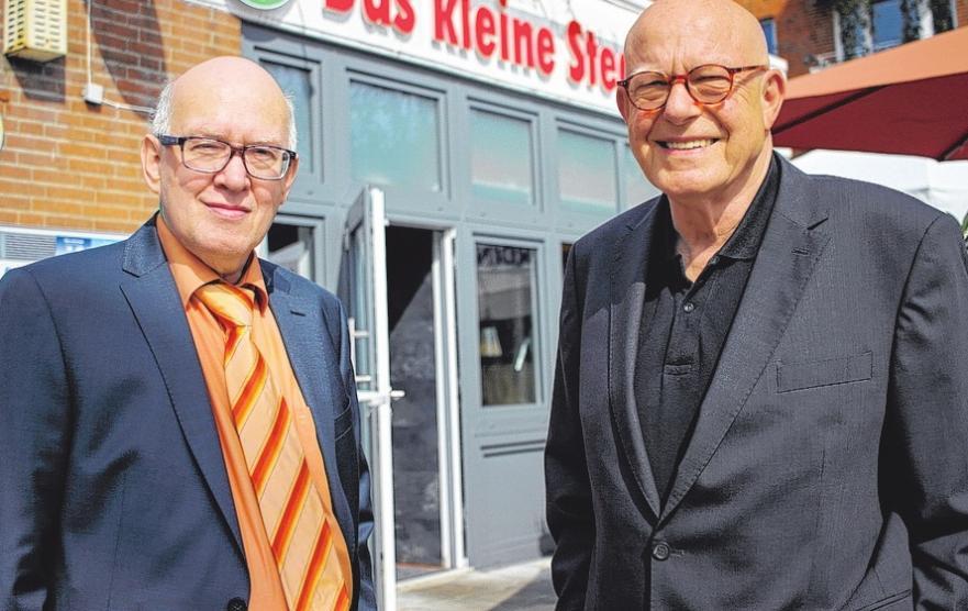 Mit der Eröffnung des kleinen Steakhauses trafen Jakob Märkl und Hans Hahnenstein (v.li.) vor 40 Jahren den Nerv der Zeit. FOTOS: PHILIPP AISSEN