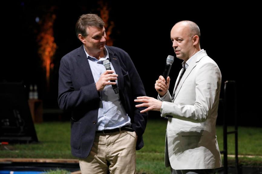 Burkhard Kieker (links) und Stephan Balzer setzen im Auftrag der Stadt Berlin die Fragen unserer Zeit in Szene.FOTO: VISITBERLIN, SEBASTIAN GABSCH