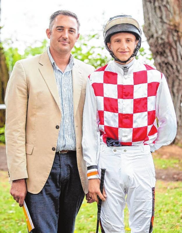 Starkes Duo: Marco Klein mit seinem Jockey Tommaso Scardino. BILD: EMMA PREIKSCHAT