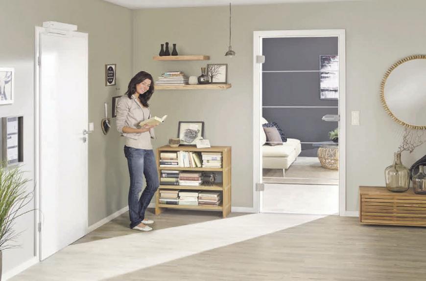 Für ein harmonisches Zusammenspiel von Holz- und Glastüren sind einige Motive auch im Designverbund erhältlich.