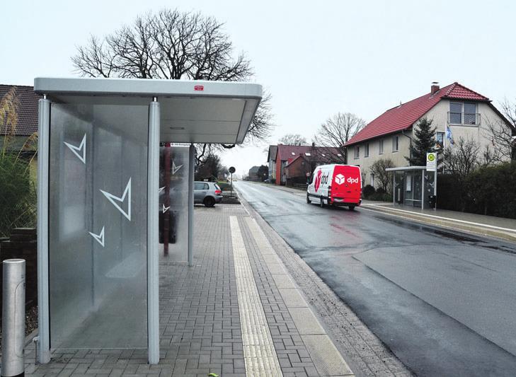 Die neuen Bushaltestellen in Almke – die Arbeiten an der L290 sind so gut wie abgeschlossen und die Ortsdurchfahrt ist wieder frei.