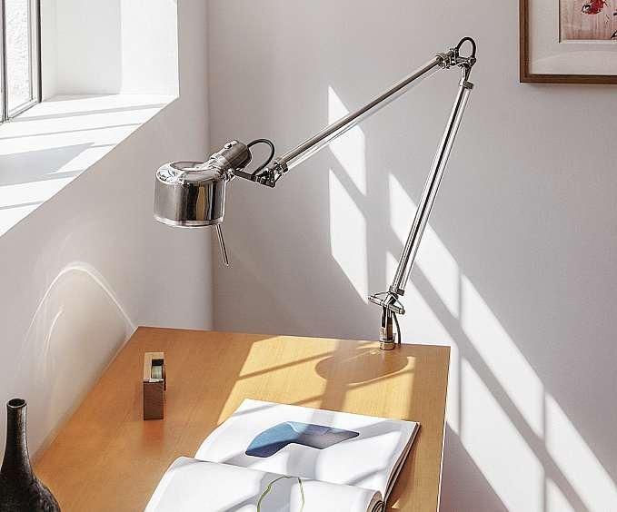 Neuinterpretation der Arbeitsleuchte: JOB von Serien.lighting. FOTO: HFR