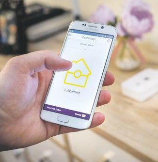 Eine App benachrichtigt den Hausbesitzer beispielsweise, wenn ein Alarm losgeht oder ein Sensor aktiviert wird    Foto: Assa Abloy Sicherheitstechnik GmbH