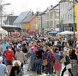 1977 fand erstmalig das Frühlingsfest statt und wird seitdem jährlich mit wechselndem Programm abgehalten.