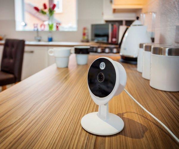 Mit Smart Living bietet Yale intelligente Schließlösungen, Alarmanlagen und IP-Kameras, die ein vollständiges vernetztes Sicherheitssystem im Smart Home ermöglichen Foto: Assa Abloy Sicherheitstechnik GmbH