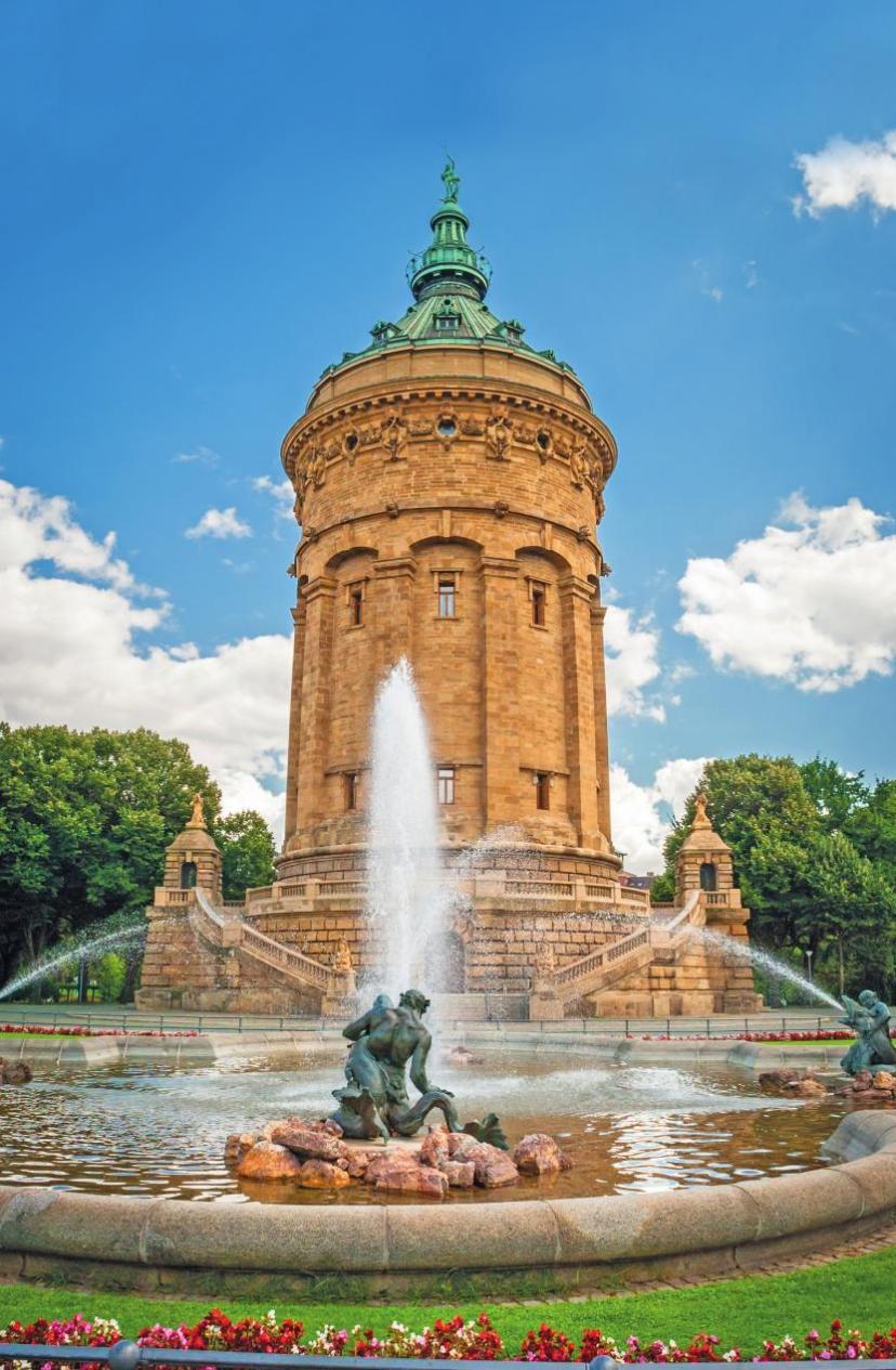Über das Mannheimer Wahrzeichen, den Wasserturm und das älteste der zwölf größten deutschen Wasserspiele