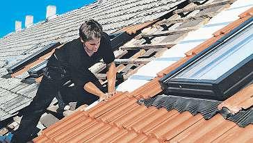 Sind Dacharbeiten notwendig, sollte die ein Innungsfachbetrieb durchführen