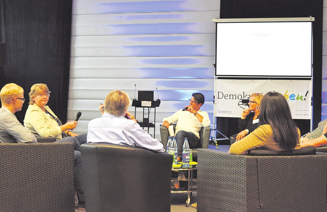 "Bei der ""Fishbowl""-Diskussion. Foto: CD-Kaserne"