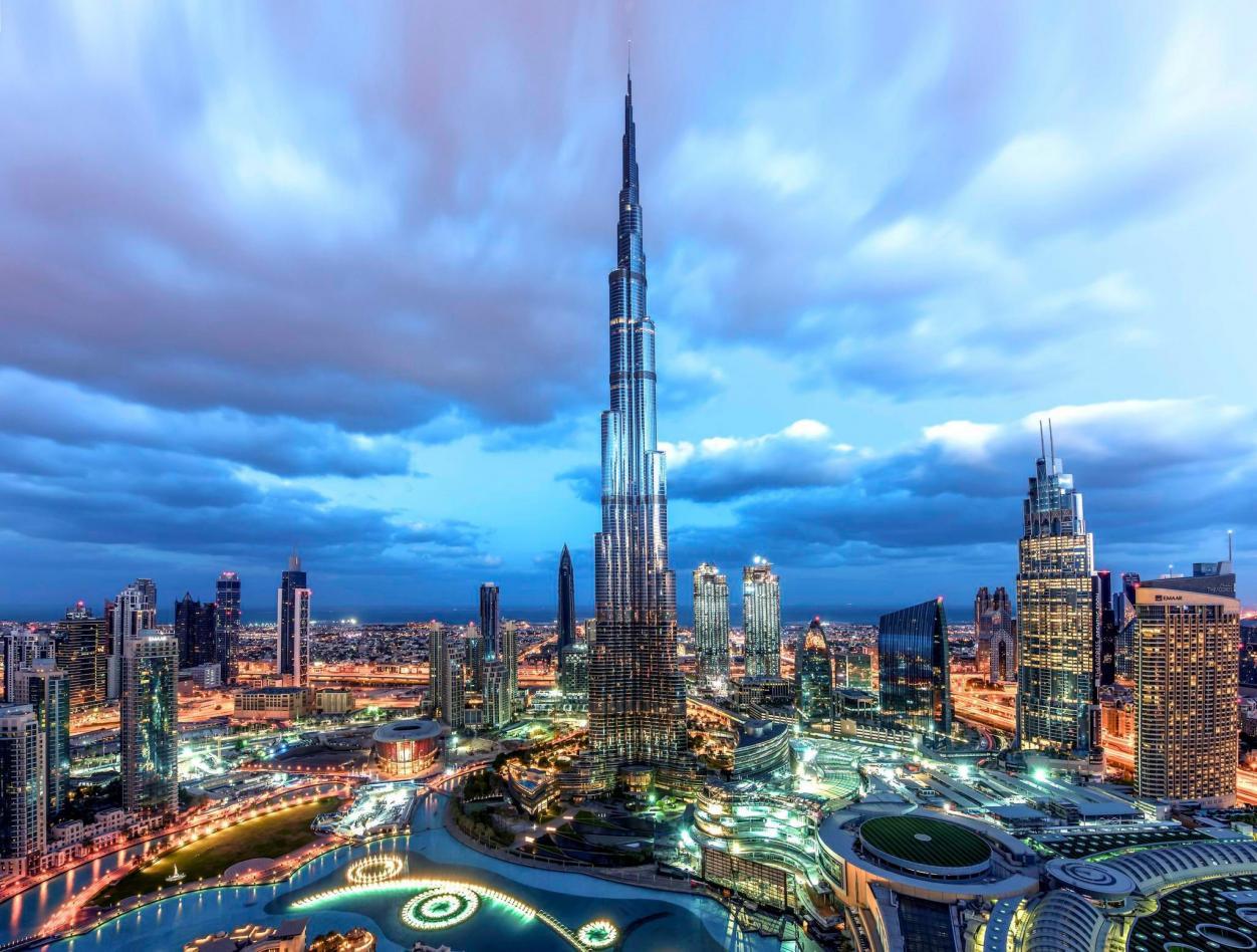 Delegierte unterstützen die Dubai Eyesight Charity Image 2