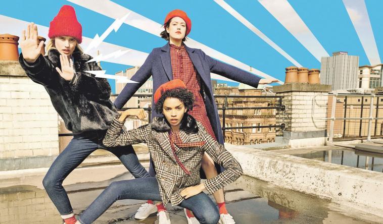 Mode, die Spaß macht: Ob Glencheck oder schlichtes Schwarzrot – Karo ist in. djd/www.tom-tailor.de