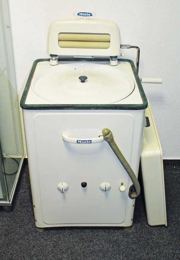 Endlich eine Waschmaschine! Darüber freute sich jede Hausfrau.