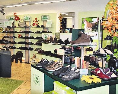 bdfb7bef158339 Für jeden Fuß den passenden Schuh Ralf-Friedrich Menze versteht sein  Handwerk rund um Schuhe und hat seine Schuhpalette mit dem Blick eines  Experten ...