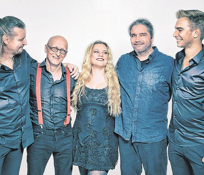 Machen Lust auf schwingende Tanzbeine: Die Band Kling Klang hat für ihren Auftritt ein großes Repertoire an Songs für jeden Geschmack im Gepäck Foto: Agentur