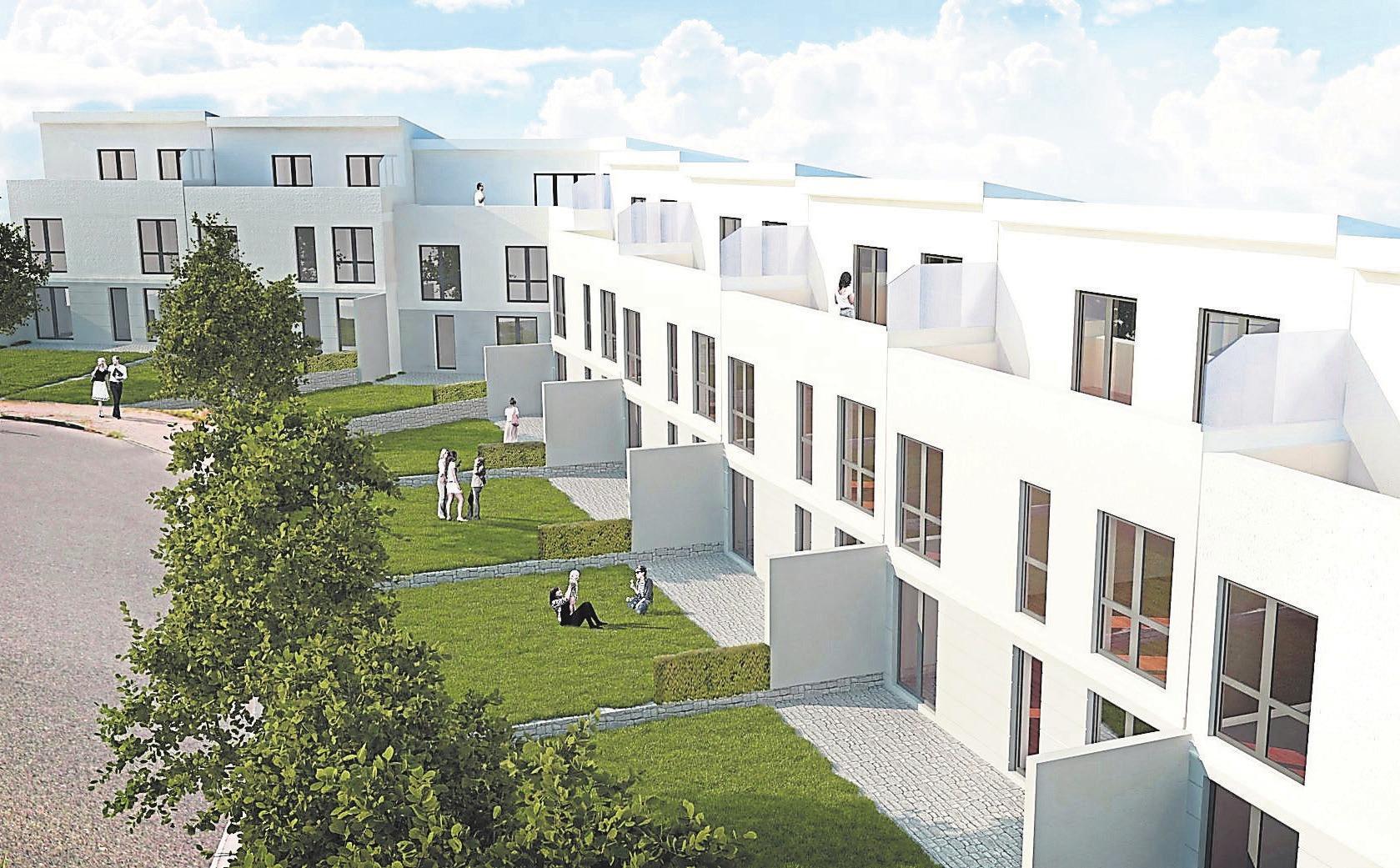 Die Zukunft und der momentane Zustand: An der Dr.-Else-Heidegger-Straße entstehen neun Reihenhäuser, die allesamt über eigenen Garten, Terrasse und sogar eine Dachterrasse verfügen. Fotos: Heumann, Ademaj GmbH
