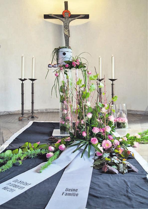 Eine würdevolle Trauerfeier gehört zu den ureigensten Aufgaben der Mitglieder des Fachverbandes hannoverscher Bestatter.Foto: BDB