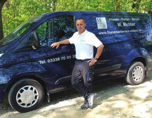 "Der Inhaber der Firma ""Fliesen – Platten – Mosaik"": Maik Richter"